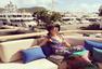 希尔顿姐妹圣诞乘游艇度假 跟名媛超模学凹造型