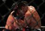 高清:UFC比斯平展现恐怖实力 康李满身血惨败
