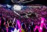 李玟广州震撼开唱 邀歌迷合唱《美丽笨女人》