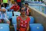 前方图:各国球迷助阵阿德战 中国美女球迷抢镜