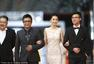 北京电影节开幕式红毯 黄圣依秀迷人裸背
