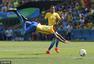 15秒!内马尔造奥运最快进球 破门后险离场(图)