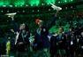 高清图:里约奥运闭幕式 烟火表演夺目圣火终熄