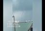 广西北海海上现巨龙吸水奇观