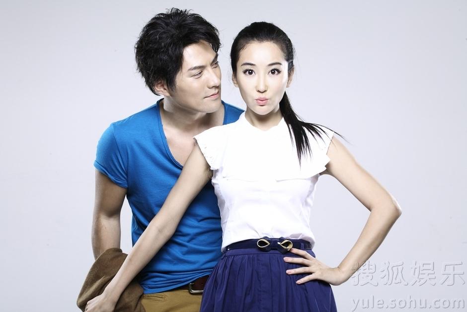 严宽杜若溪新年时尚写真 严氏夫妇诠释亲密爱人 1 9