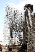"""继创下上海 """"八万""""人演唱会纪录后,五月天""""十万人出头天""""新歌飙唱会将于12月13、14日连续两天在..."""