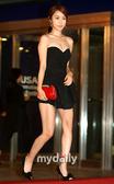 北京时间10月7日下午消息,据韩国媒体报道,15届韩国釜山电影节红地毯仪式7日下午在海云台快艇赛场举...