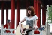 西湖畔,出女声!2011快乐女声杭州唱区开赛已近一周,全国各地热爱唱歌的女生们纷纷前来应战,快乐女声...