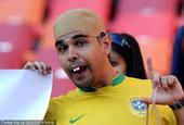 2010年南非世界杯继续进行,进入1/4决赛后,球迷们都希望自己的球队可以夺冠,但比赛结束后,恐怕只...