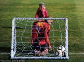 2010年南非世界杯将于7月11日迎来决赛,风格相近、战术相似的西班牙和荷兰队将展开一场技术流顶级对...