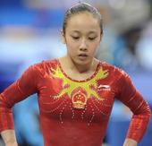 """广州亚运进入收尾阶段,各国选手奉献了一场场紧张激烈的比赛。在这些""""硝烟弥漫""""的竞争中,有许多动人的面..."""