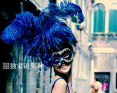 第一次参加威尼斯电影节的川籍歌手谭维维,决定将电影之旅变身感恩之旅,将在都江堰取水,带到威尼斯去浇灌...