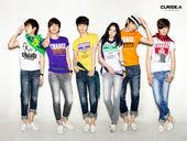 近日,因一曲《姐姐真漂亮》吸引大批姐姐歌迷的SHINee,为某服装品牌拍摄夏季宣传照。多种色彩尽显了...